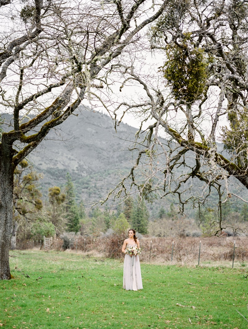 red-lily-vineyards-wedding-inspiration-contax-645-23-min.jpg