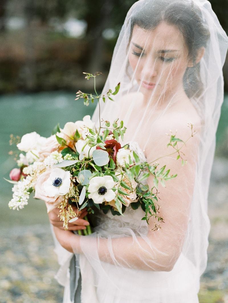 red-lily-vineyards-wedding-inspiration-contax-645-4-min.jpg