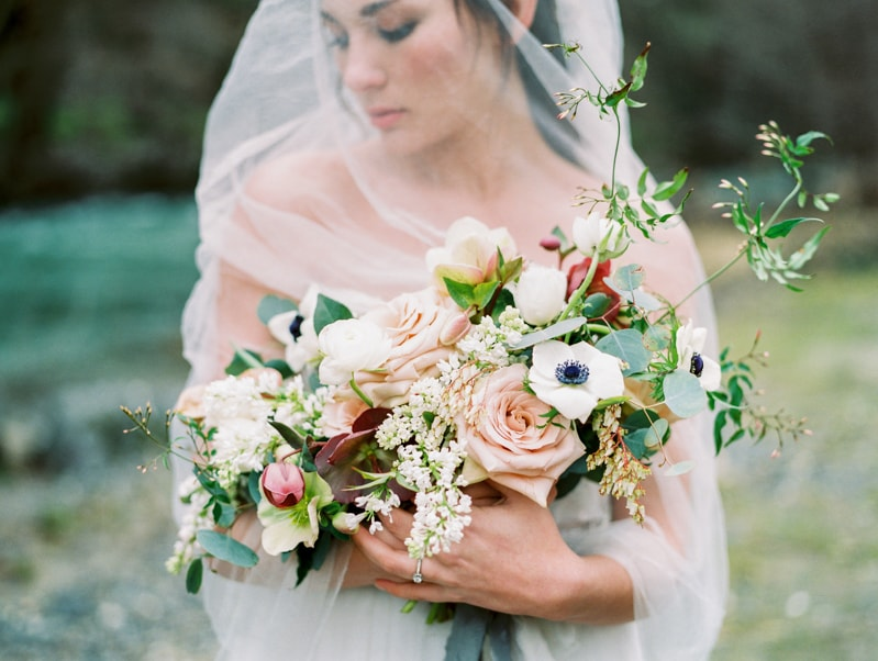red-lily-vineyards-wedding-inspiration-contax-645-8-min.jpg