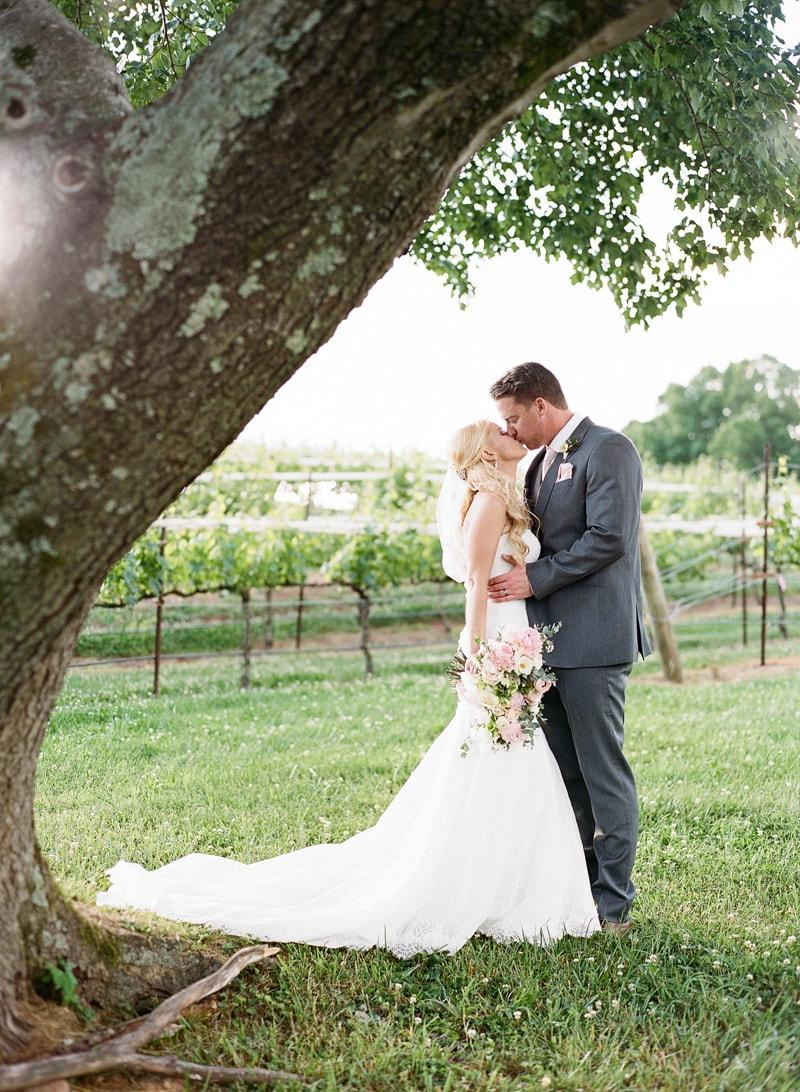 tuscan-inspired-dahlonega-georgia-real-wedding-24-min.jpg