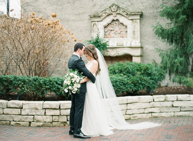 illuminating-company-Chicago-wedding-shoot-photos-17-min.jpg