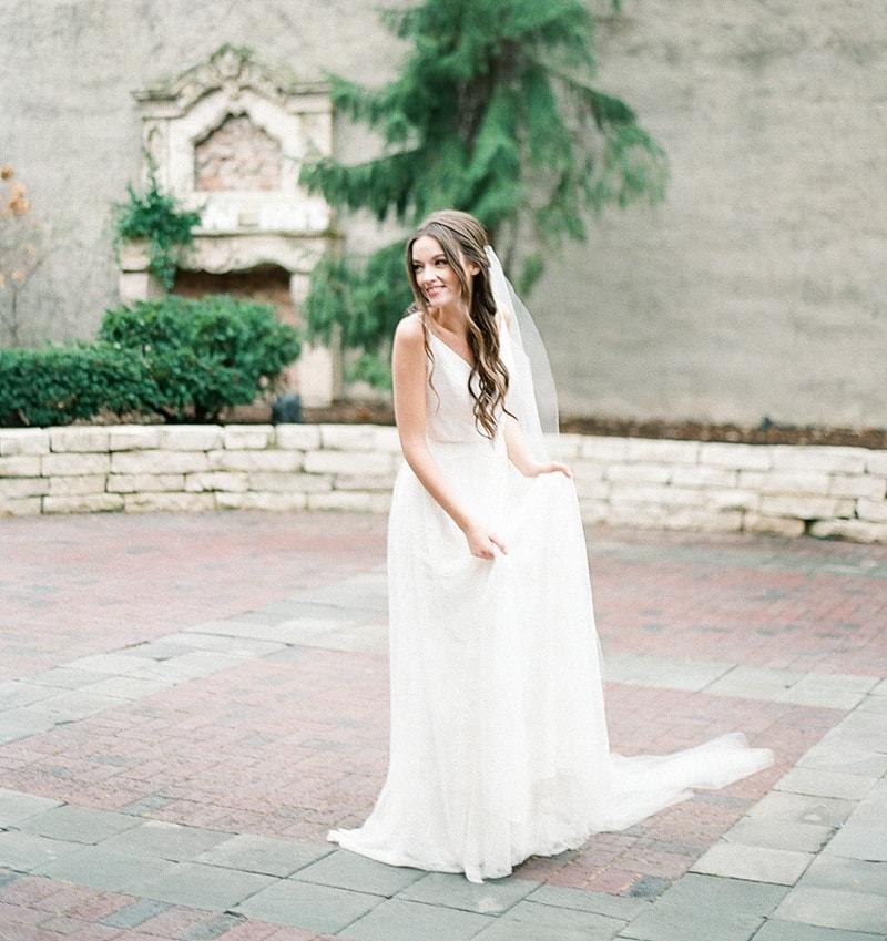 illuminating-company-Chicago-wedding-shoot-photos-3-min.jpg