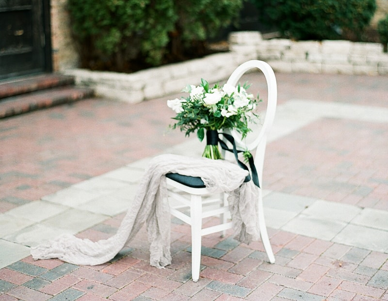 illuminating-company-Chicago-wedding-shoot-photos-4-min.jpg