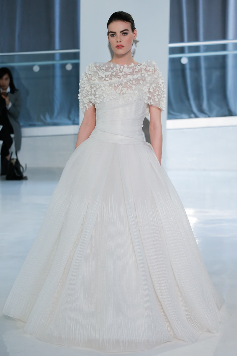 peter-langner-spring-2018-wedding-dresses-7-min.jpg