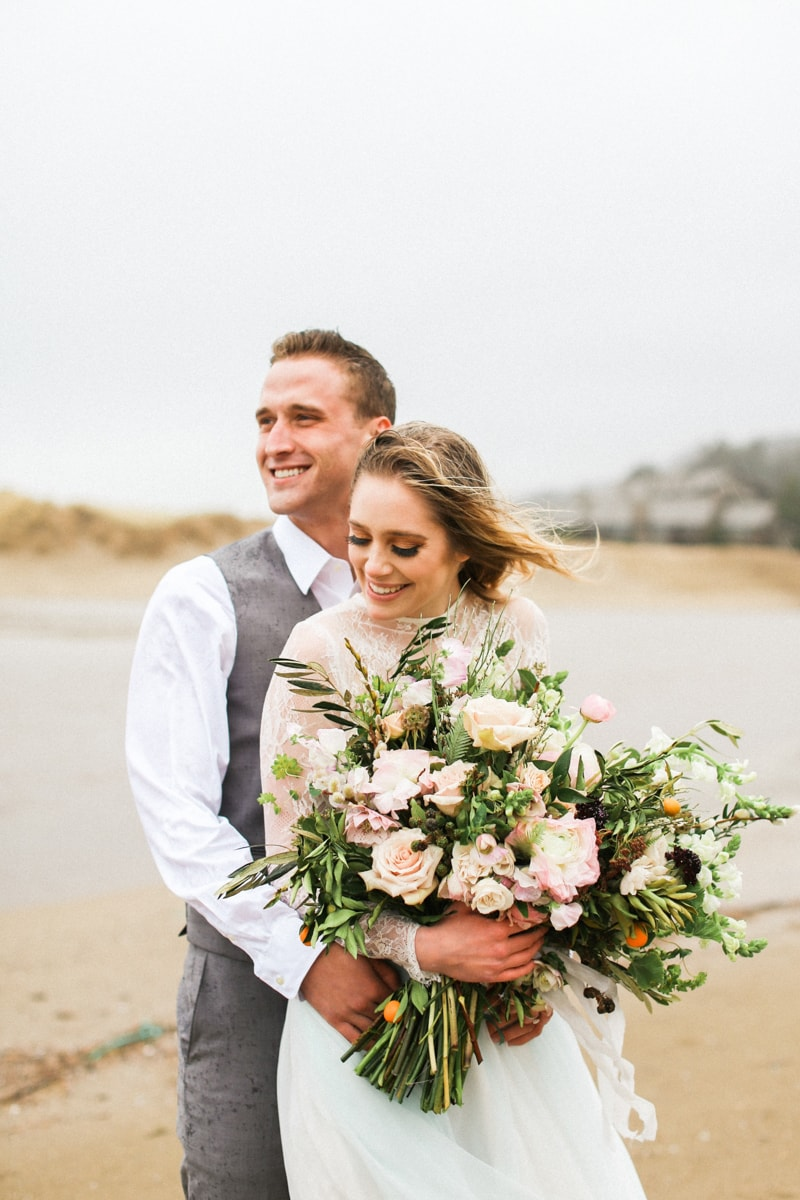 romantic-coastal-elopement-in-cannon-beach-21-min.jpg
