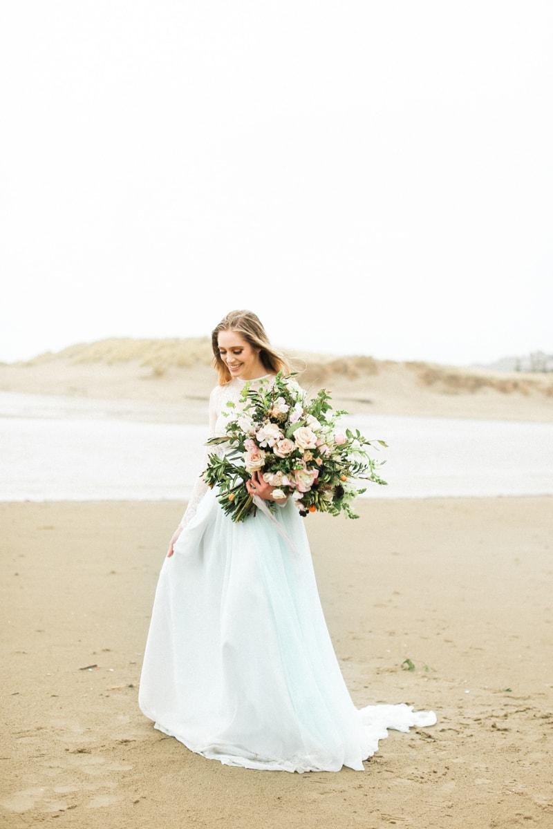 romantic-coastal-elopement-in-cannon-beach-5-min.jpg