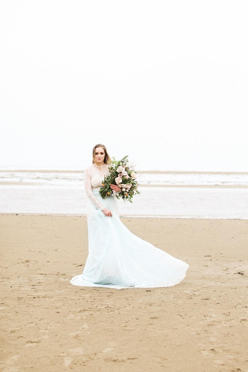 romantic-coastal-elopement-in-cannon-beach-8-min.jpg