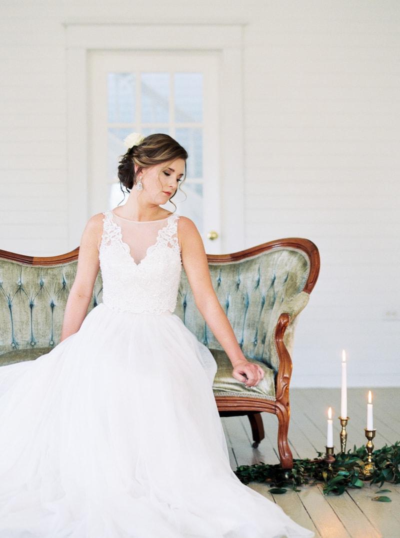 romantic-historic-home-bridal-inspiration-13-min.jpg
