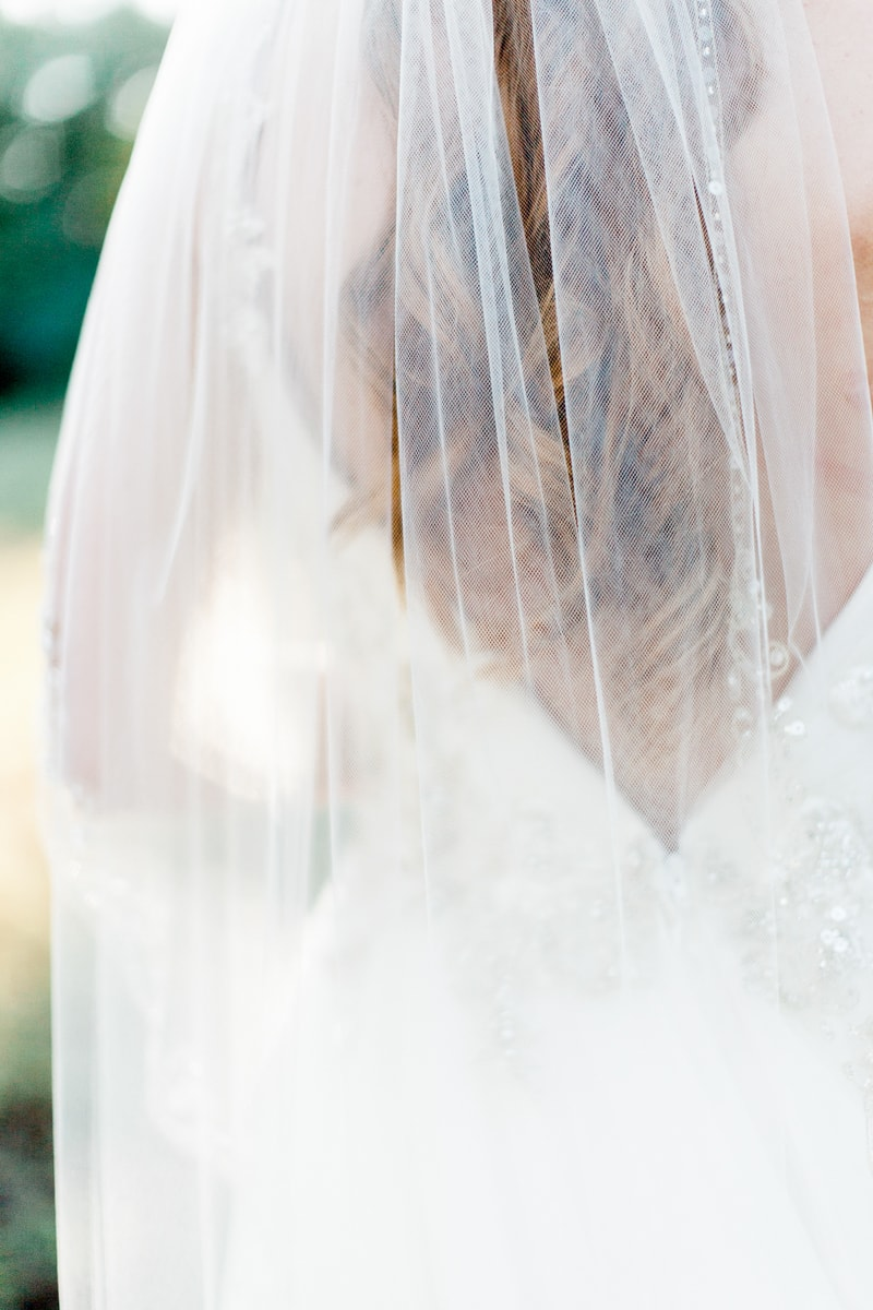 sun-kissed-lavender-styled-wedding-inspiration-13-min.jpg