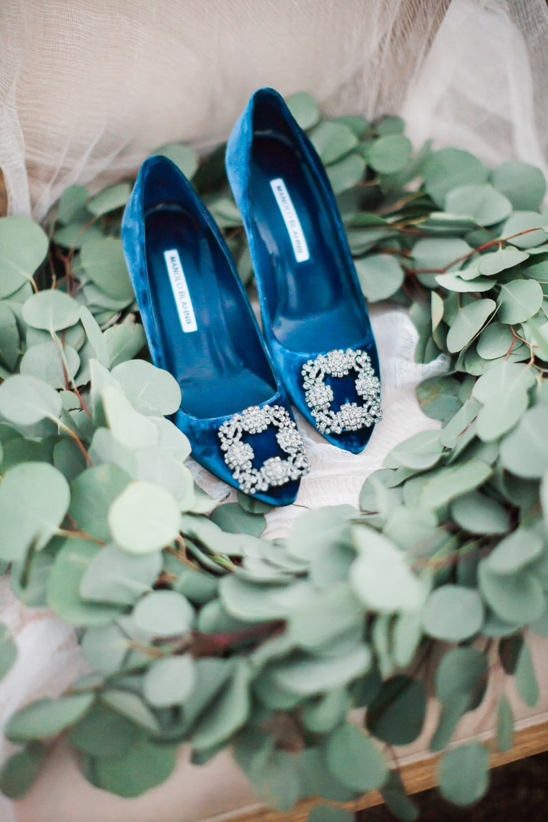 sun-kissed-lavender-styled-wedding-inspiration-2-min.jpg