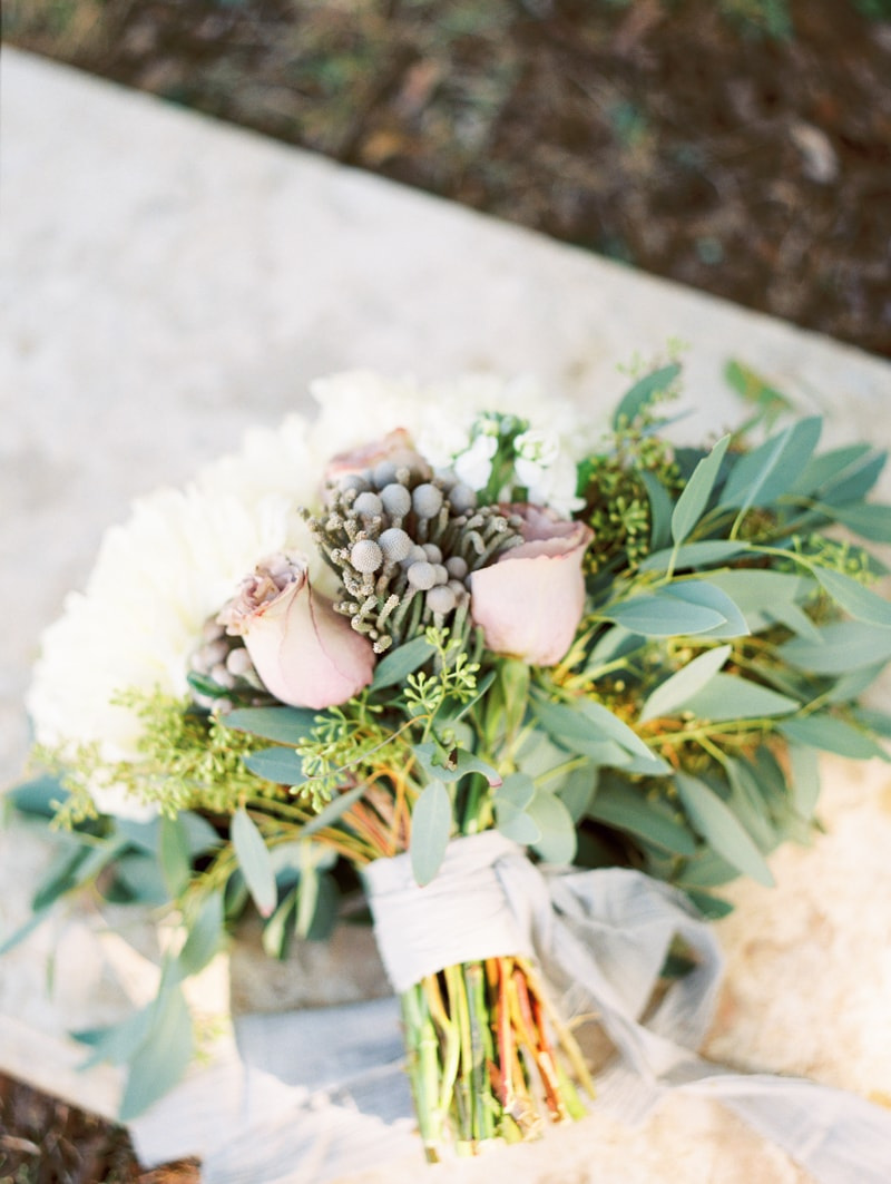 sun-kissed-lavender-styled-wedding-inspiration-4-min.jpg