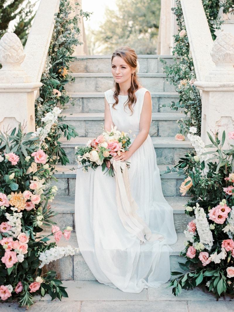 villa-kapistris-dyo-paphos-cyprus-wedding-inspiration-22-min.jpg