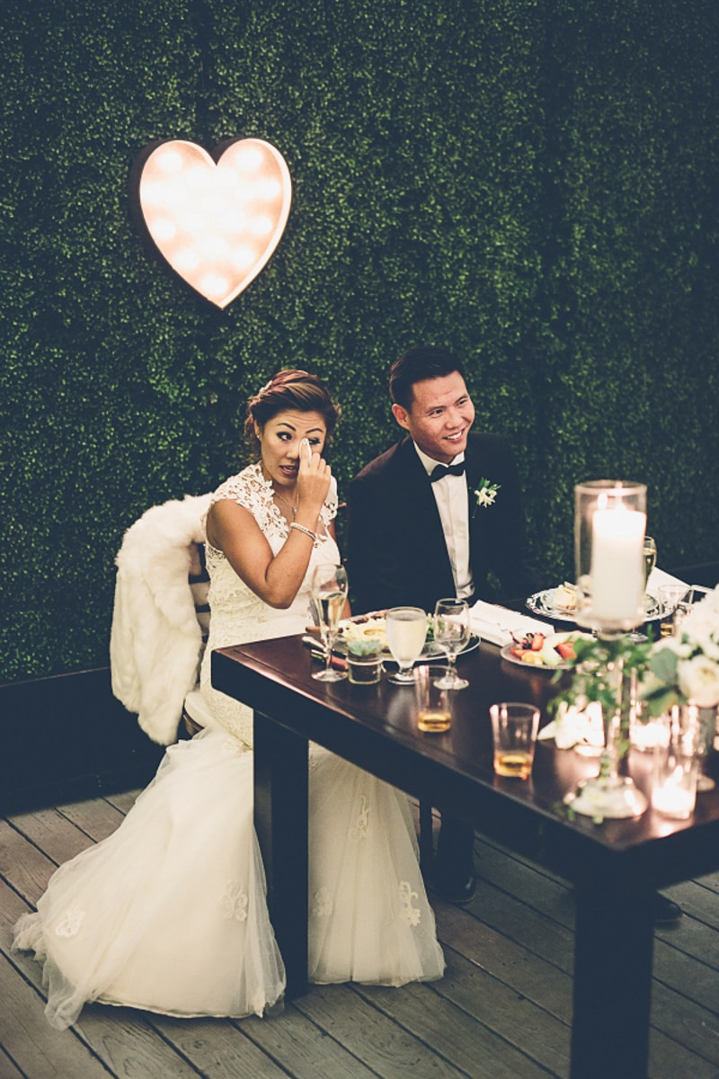 sweetheart-table-ideas-for-wedding-receptions-3-min.jpg