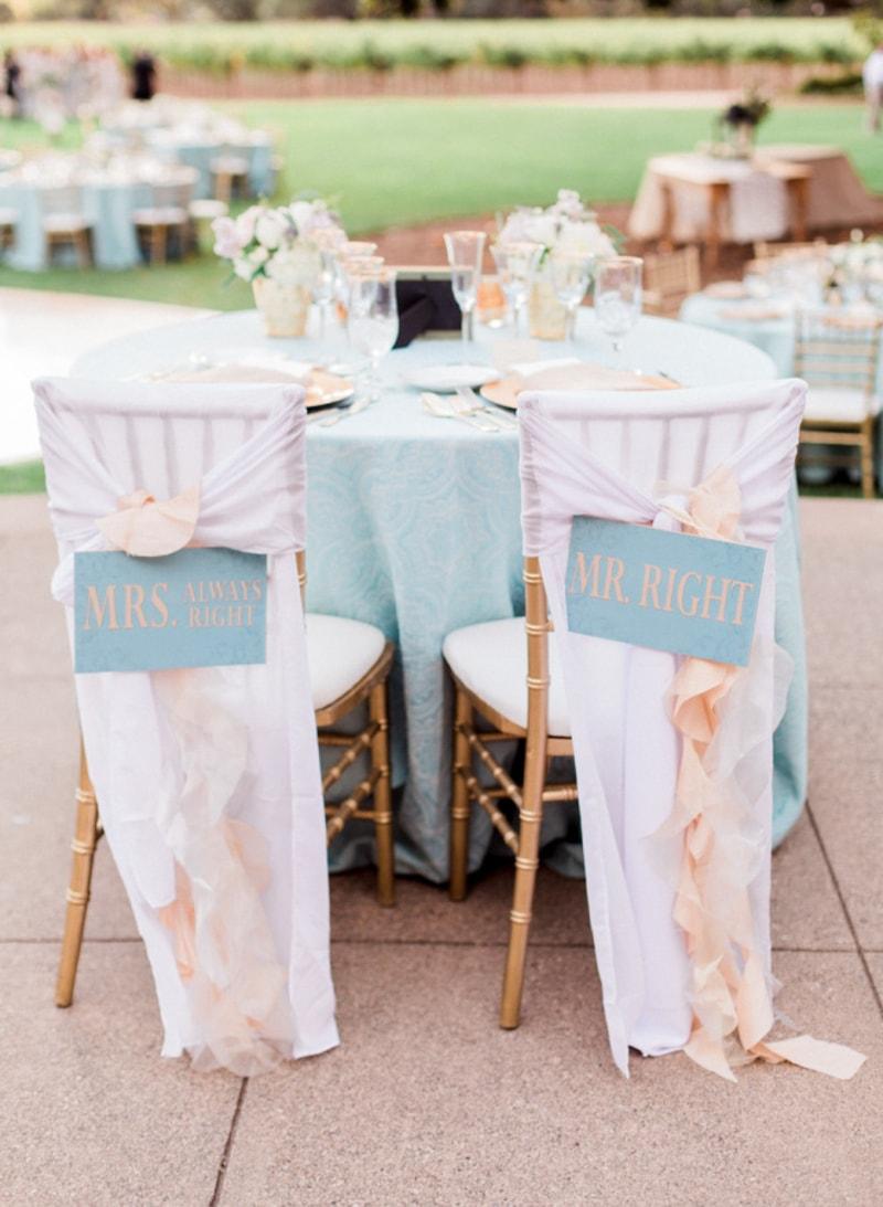 sweetheart-table-ideas-for-wedding-receptions-4-min.jpg