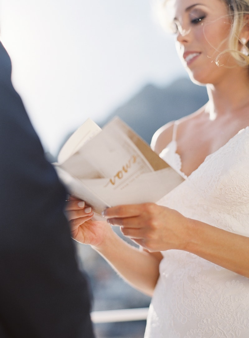 destination-elopement-positano-italy-wedding-15-min.jpg