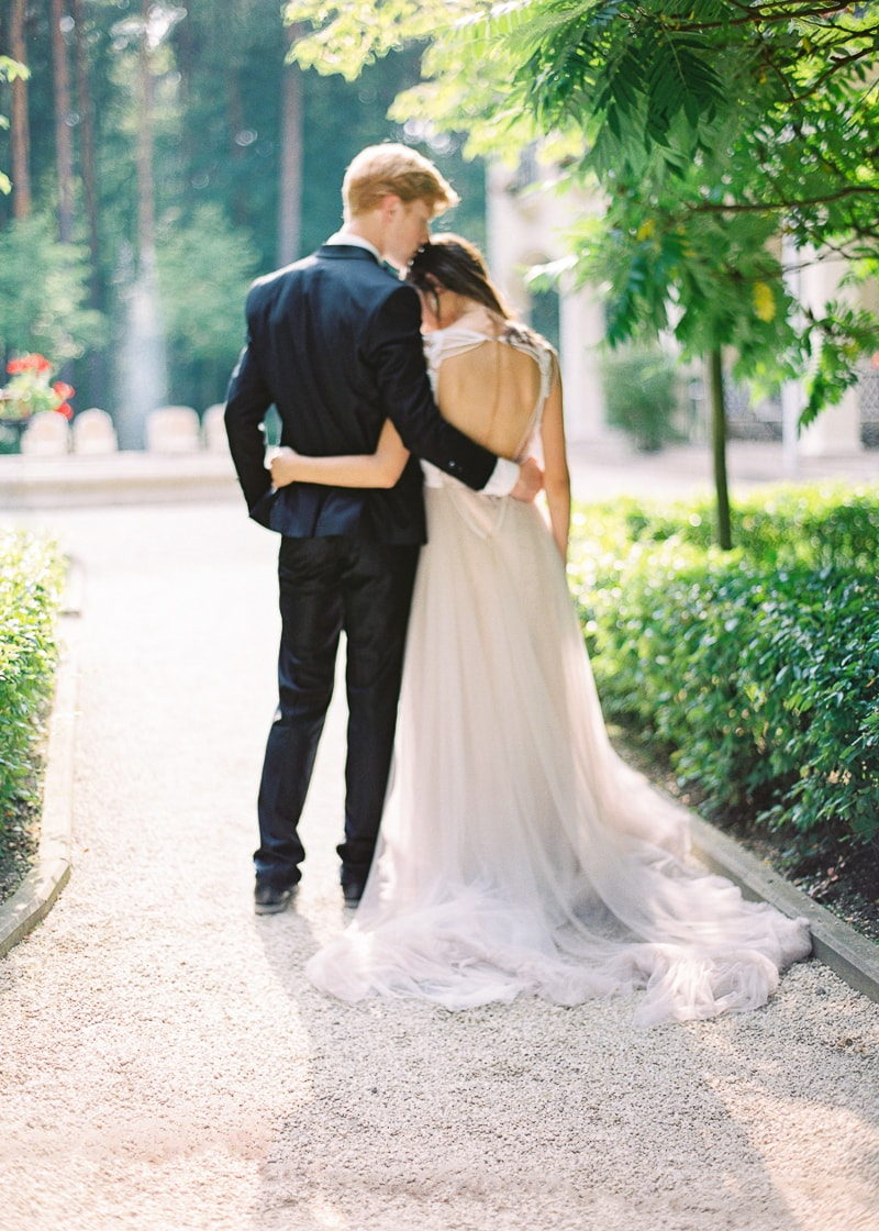 belarus-wedding-inspiration-shoot-trendy-bride-14-min.jpg