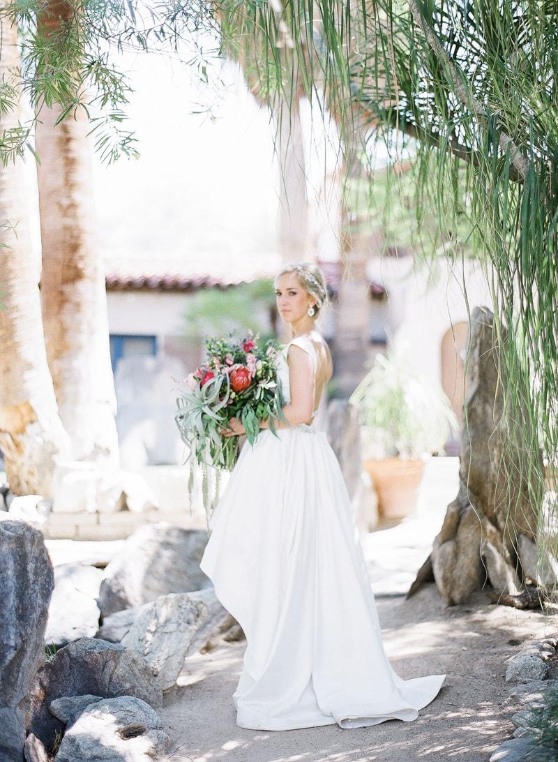 merv-griffin-estate-california-wedding-photos-25-min.jpg
