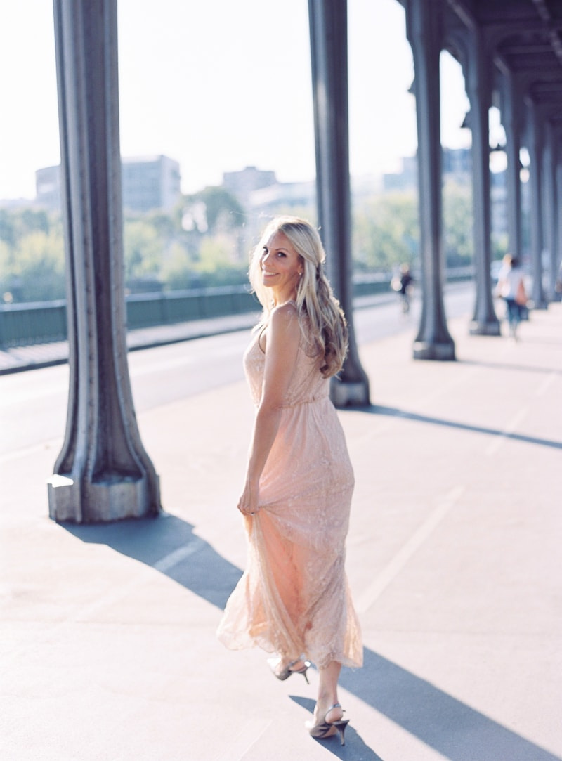 paris-engagement-photos-trendy-bride-wedding-blog-14-min.jpg