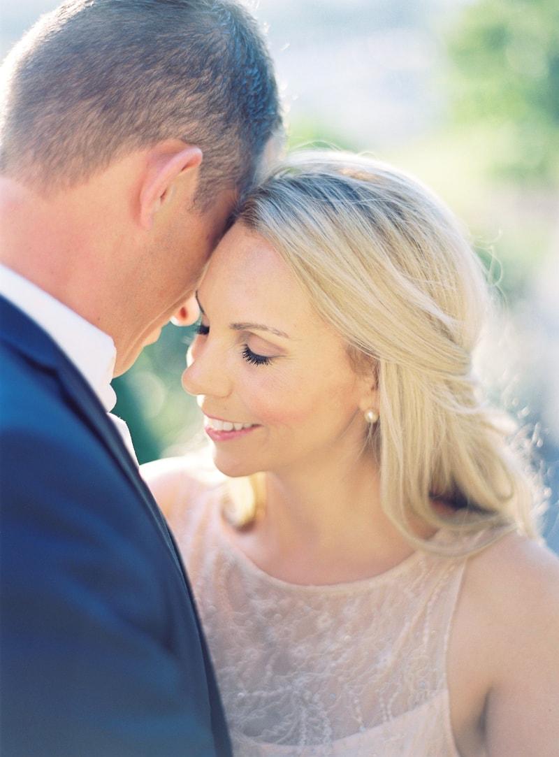 paris-engagement-photos-trendy-bride-wedding-blog-8-min.jpg