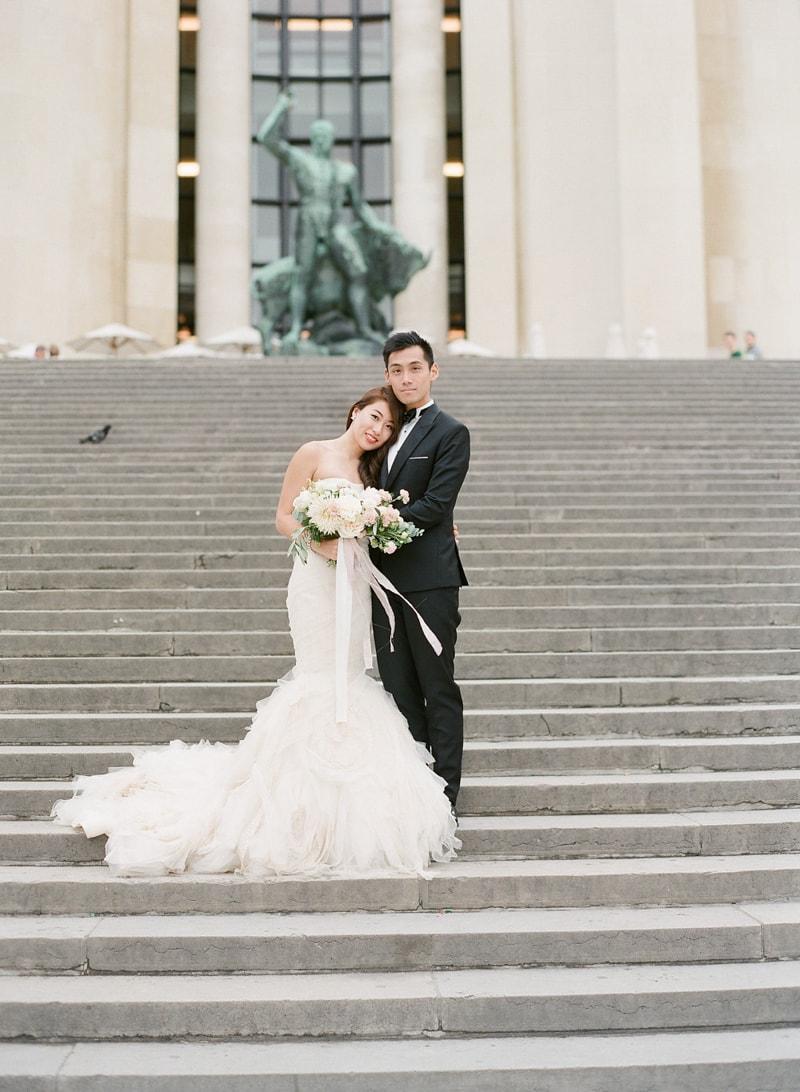 pre-wedding-engagement-photos-in-Paris-15-min.jpg