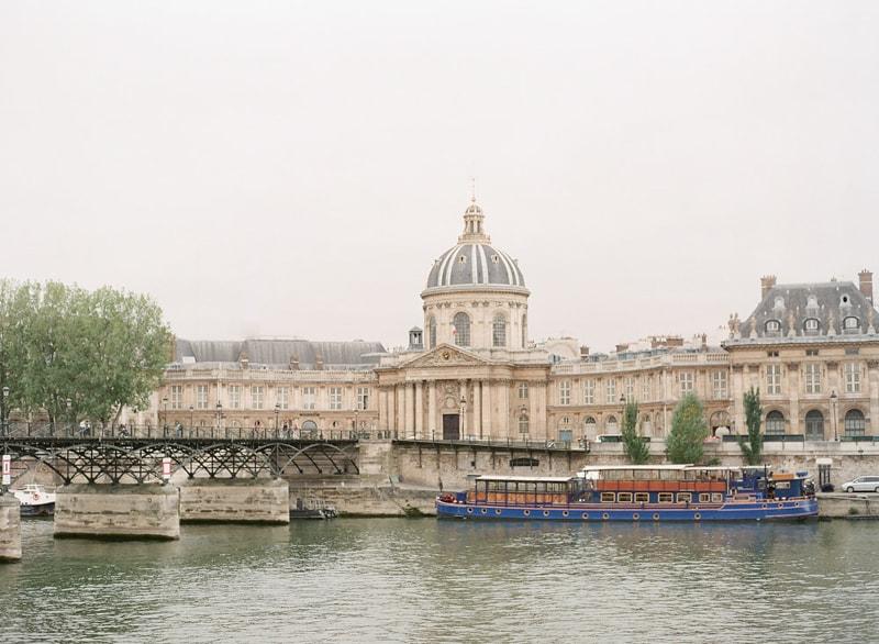pre-wedding-engagement-photos-in-Paris-18-min.jpg