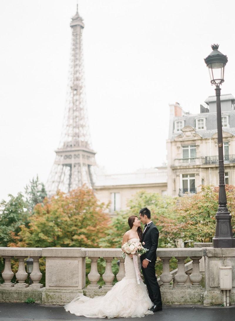 pre-wedding-engagement-photos-in-Paris-20-min.jpg