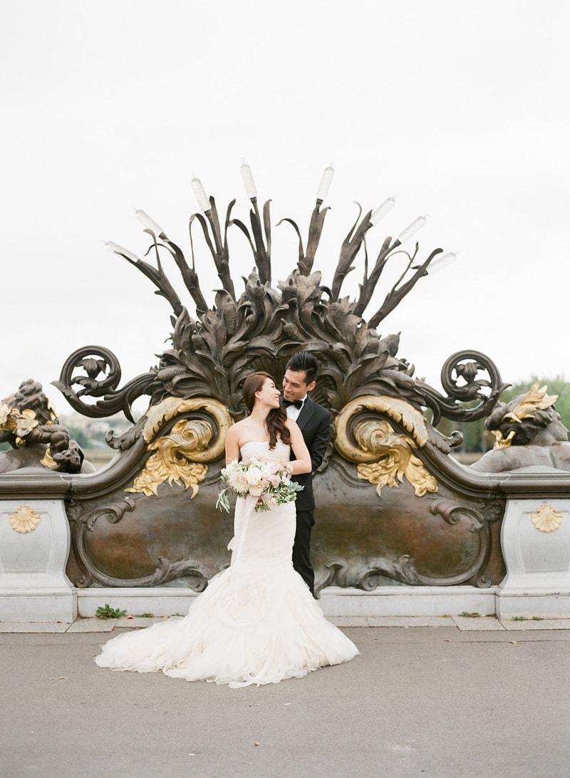 pre-wedding-engagement-photos-in-Paris-25-min.jpg
