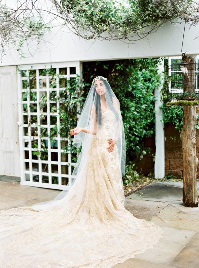 watson-house-garden-wedding-shoot-10-min.jpg