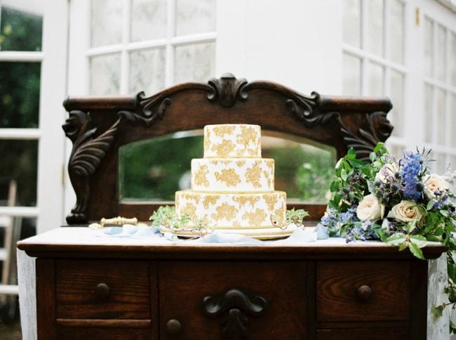 watson-house-garden-wedding-shoot-28-min.jpg