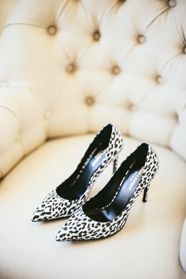 black-wedding-heels-shoes-3-min.jpg