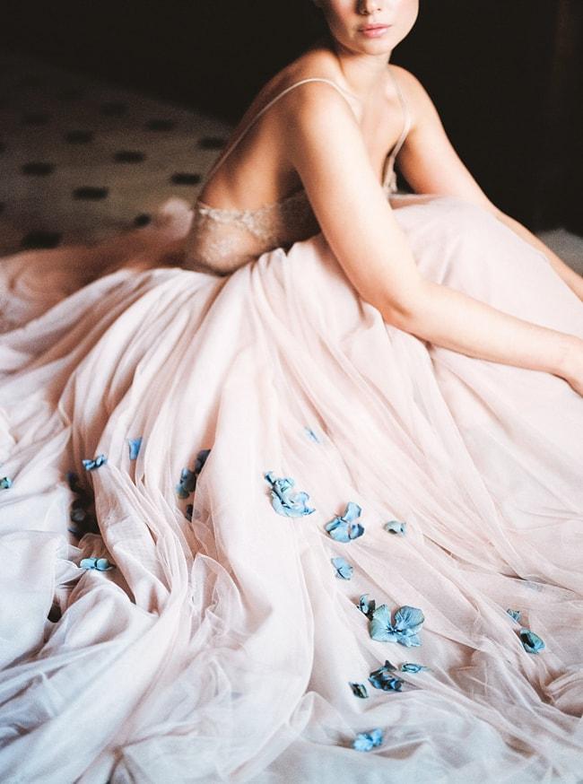 minaree-finery-bridal-capelets_-12-min.jpg