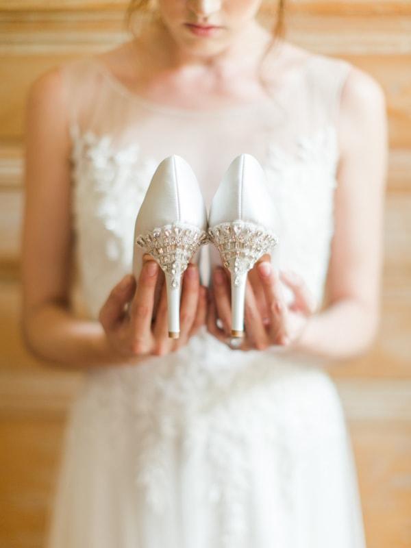 bella-belle-bridal-shoes-for-the-bride-9-min.jpg
