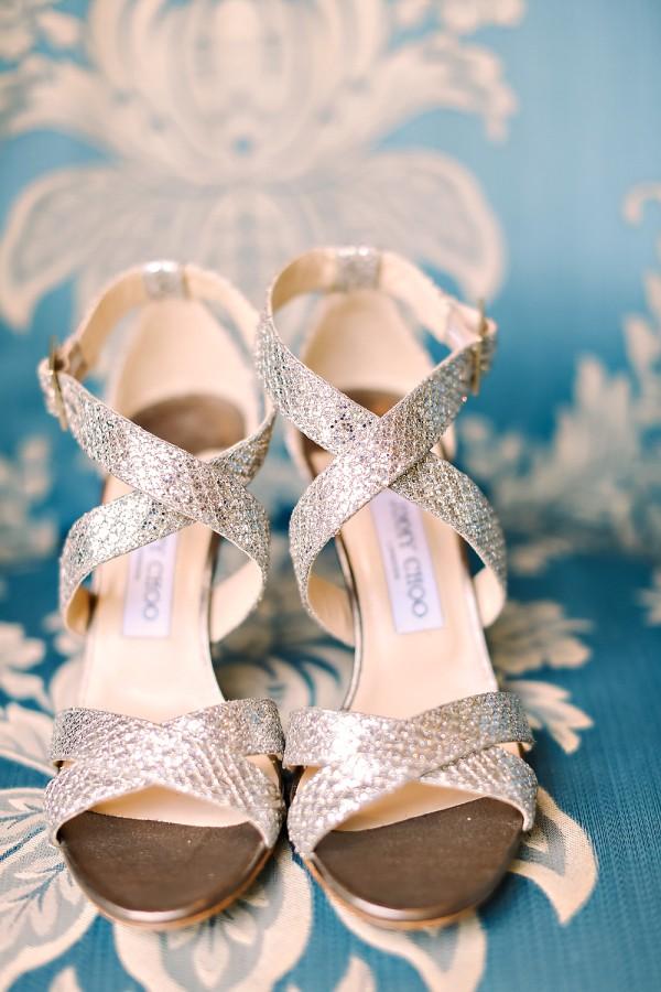 silver-wedding-shoes-idea-for-the-bride-4.jpg