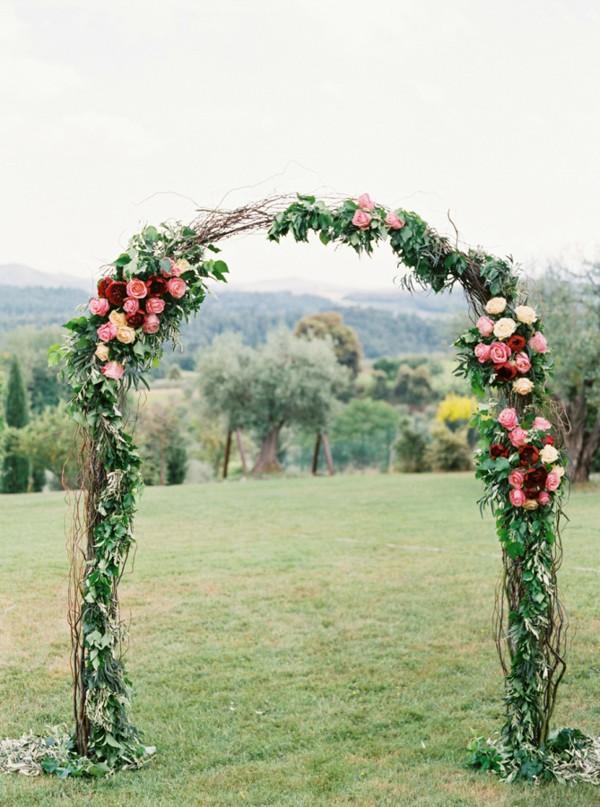 flower-wedding-arbors-and-arches-3.jpg
