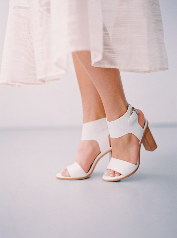 white-wedding-shoes-ideas-2.jpg