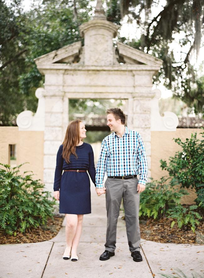 rollins-college-winter-park-florida-engagement-photos.jpg