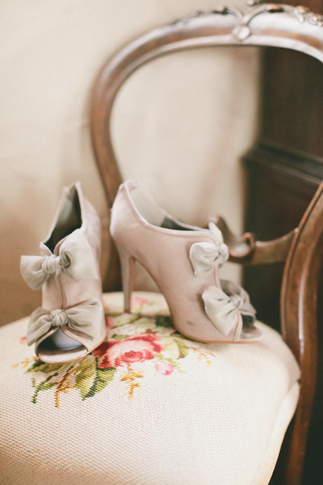 unique-wedding-shoes-for-brides-8.jpg