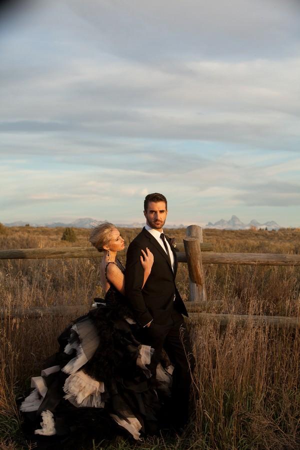 spring-shores-lodge-utah-styled-wedding-shoot-11.jpg