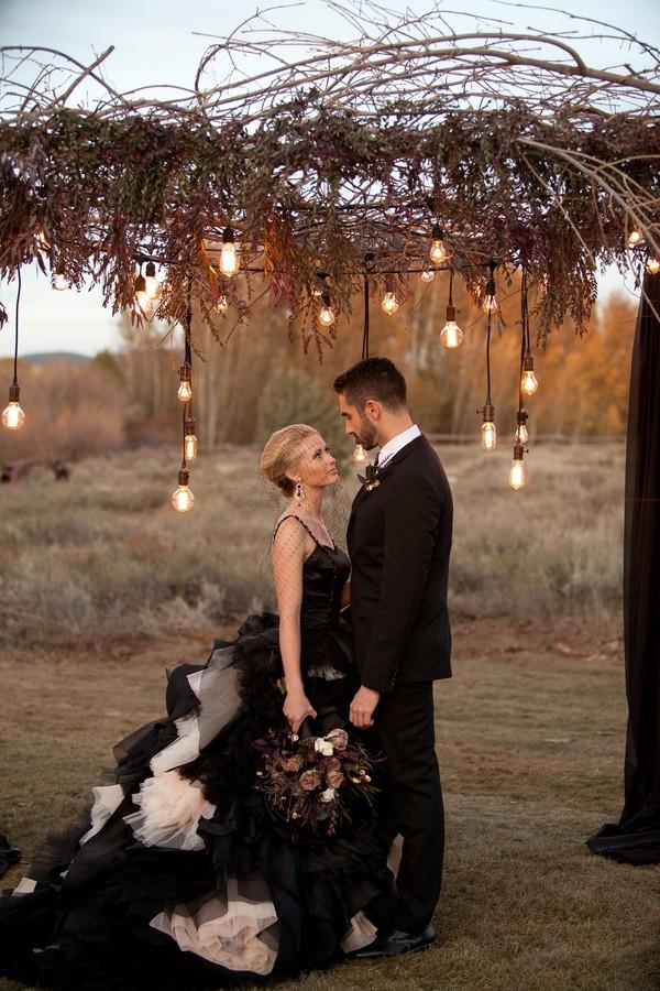 spring-shores-lodge-utah-styled-wedding-shoot-12.jpg