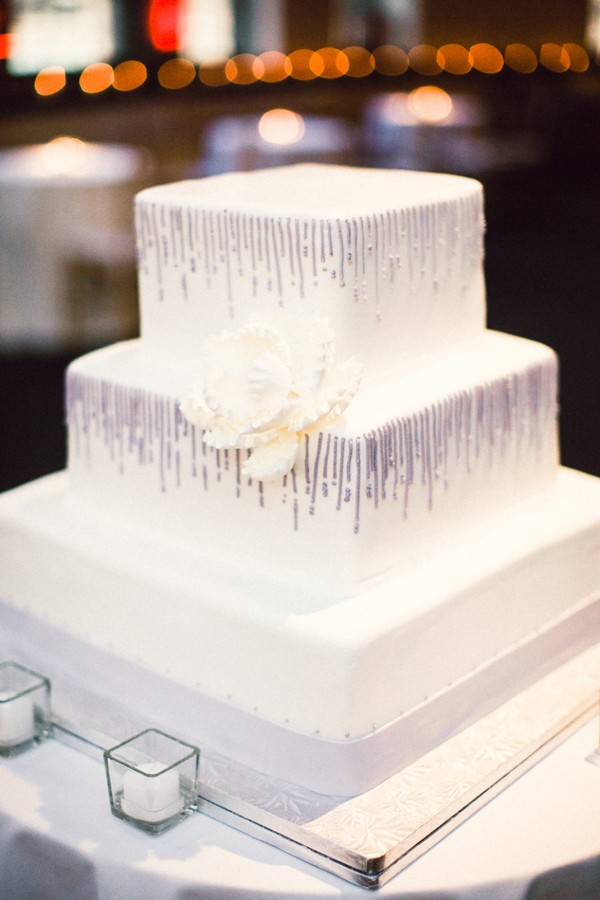 modern-purple-and-white-wedding-cake.jpg