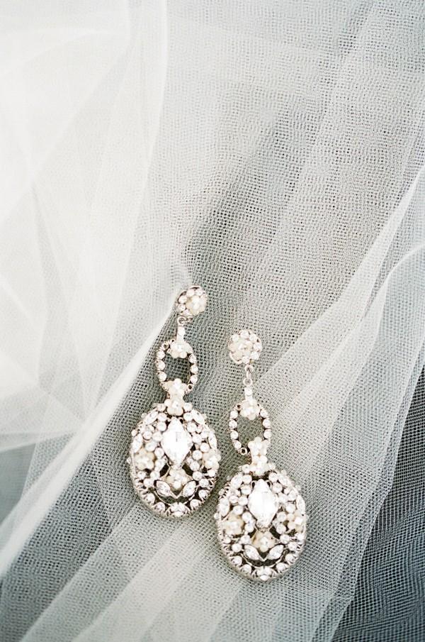 dangling-wedding-earrings-jewelry-ideas-6.jpg