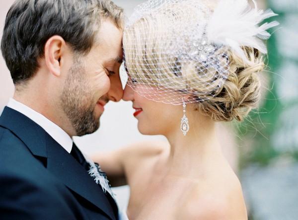 dangling-wedding-earrings-jewelry-ideas.jpg