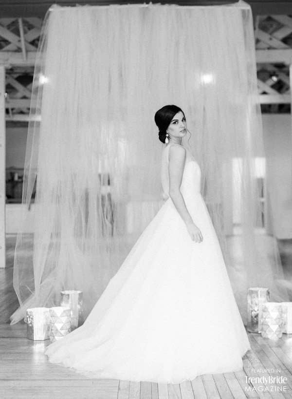 the-stockroom-at-230-raleigh-styled-shoot-trendy-bride-magazine-6.jpg