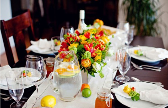 bright-summer-citrus-wedding-decor.jpg
