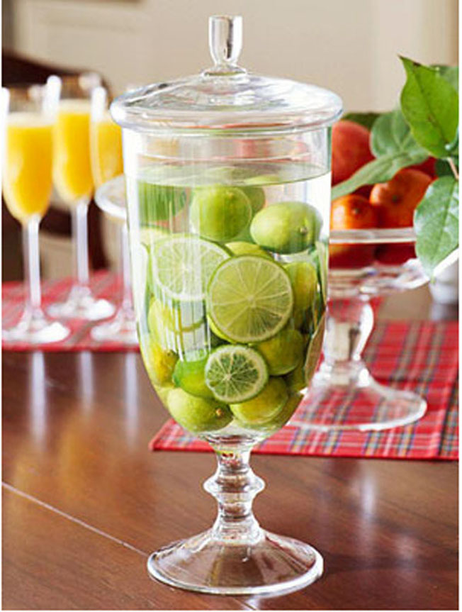 limes-in-water-wedding-drink-ideas.jpg