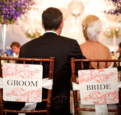 pink-bride-and-groom-wedding-sign.jpg