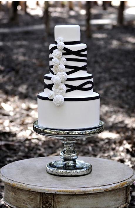 black-and-white-wedding-cake-ideas-3.jpg