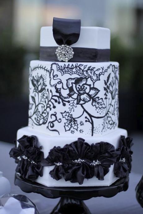 black-and-white-wedding-cake-ideas-6.jpg