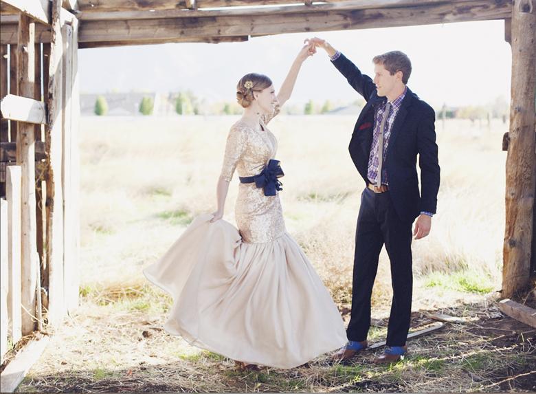 gold-alternative-wedding-dress-idea-1.jpg