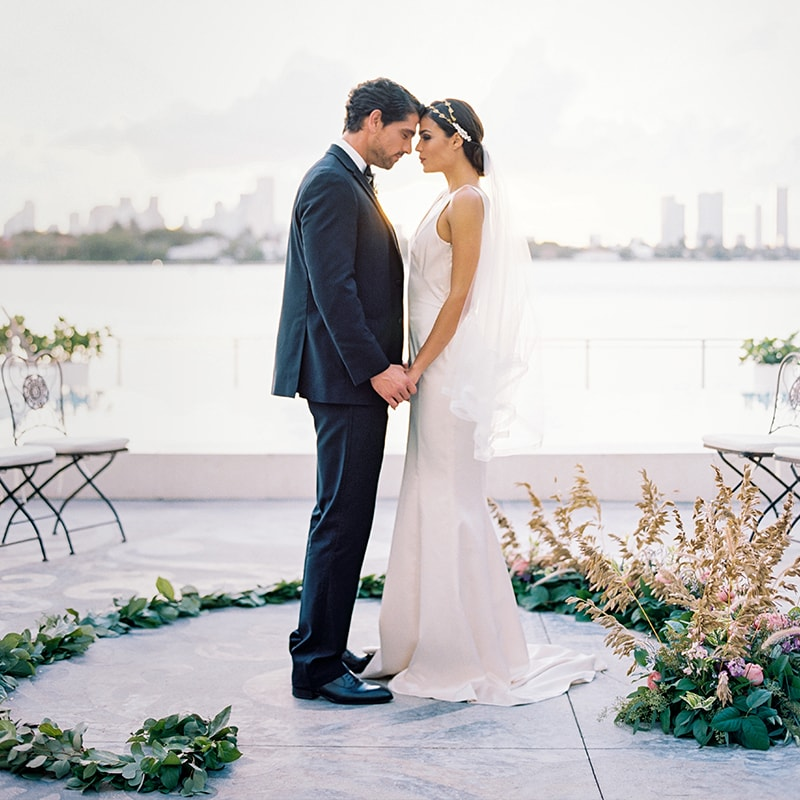 mondrian-miami-luxury-wedding-venue-min.jpg